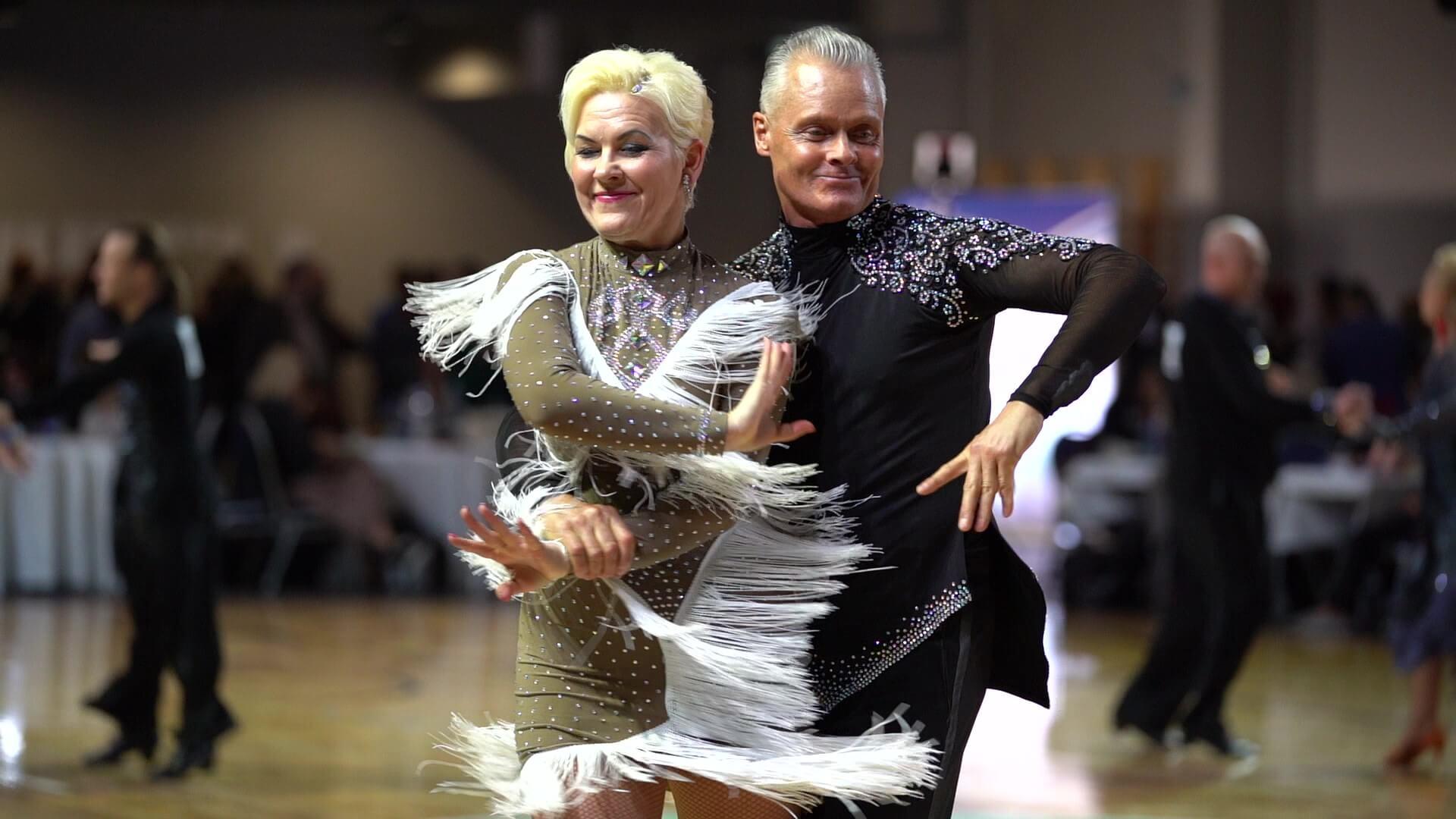 Tantsuklubi Sinilind täiskasvanutele tantsuõpetus
