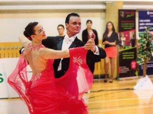 Tantsuklubi Sinilind täiskasvanutele seenioritele tantsuõpetus